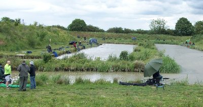 Anglers at Viking Fishery